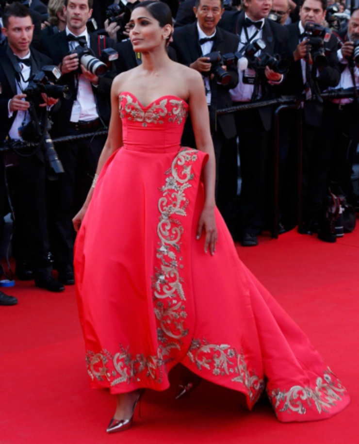 Freida Pinto Cannes 2014.jpg
