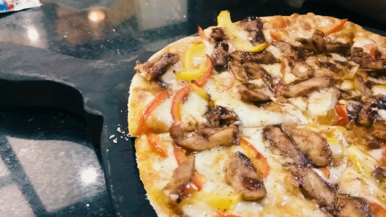 Pizza at Cafe Bistro at Coffee Break, Bandra West