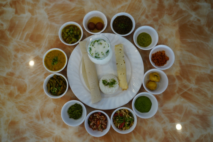 Nahari Thali at Silver Leaf Village Vapi.JPG